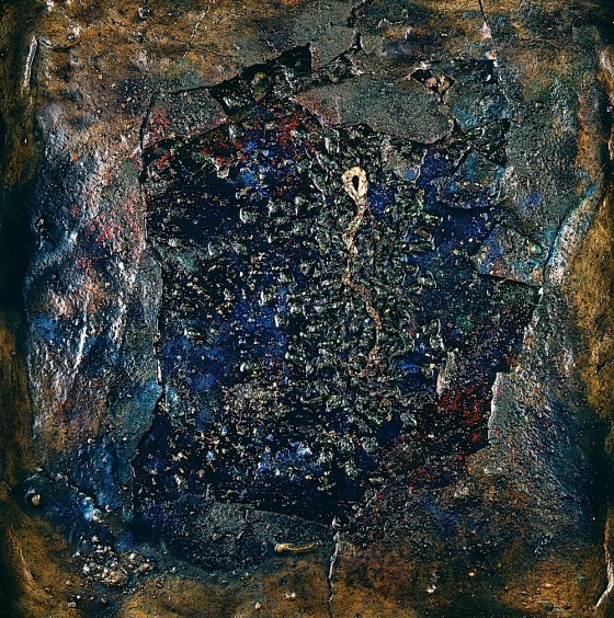Receiver: Glimmer-Deep 1997 Oils, acrylics, plaster, bronze powders, insects, wax, snake's skin, on wood 44 x 41 cm