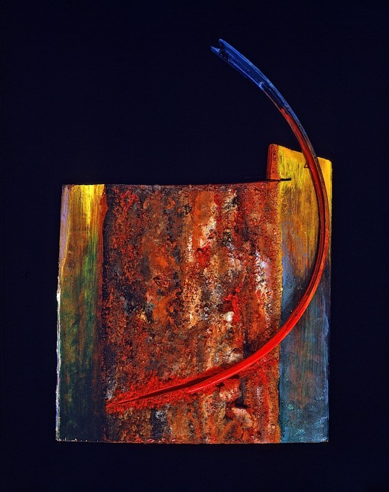 Spine 1990 Oils, acrylics, earth, wood varnish, wood 26 x 17 x 5.7 cm